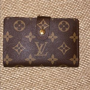 Vintage authentic Louis Vuitton kiss lock wallet